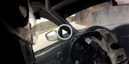 دریفت ماهرانه در یک جاده کوهستانی + ویدیو