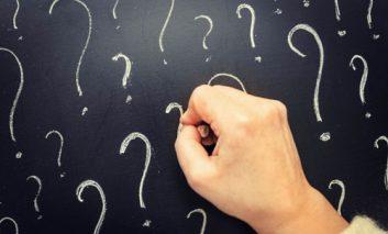 ۱۰ تفکر اشتباه که باعث میشوند از نظر روحی، قوی نباشید