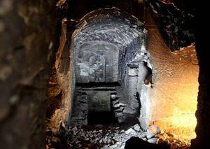 کشف آرامگاهی شبیه به آرامگاه خدای افسانهای مصر