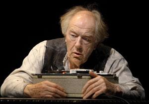 بازیگر نقش دامبلدور از دنیای تئاتر خداحافظی کرد