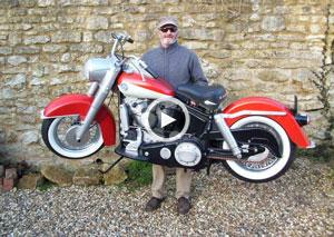 شوخی با موتورسیکلت کاملاً پلاستیکی + ویدیو