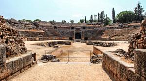 آمفی تئاتر باستانی رُمی تبدیل به زمین تنیس میشود