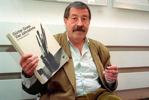 گونتر گراس، نویسنده، شاعر و مجسمهساز آلمانی درگذشت
