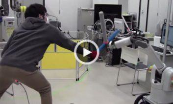 روبات شمشیرباز!