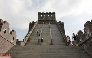 ساخت «مدل تقلبی دیوار چین» در چین!