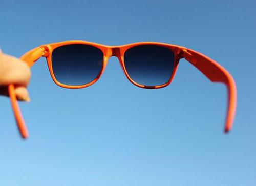 نکته مهم به هنگام خرید عینک آفتابی
