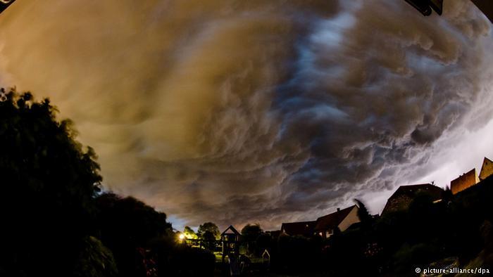 توفان مرگبار در روز گرم تابستانی آلمان