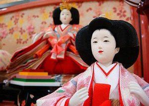 معرفی عروسکهای سنتی: «هیناماتسوری» از ژاپن