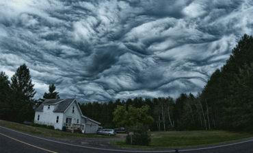 این ابرها شوریدهاند اما نه شیدا