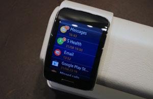 ساعت هوشمند سامسونگ Gear S بدون نیاز به اسمارتفون