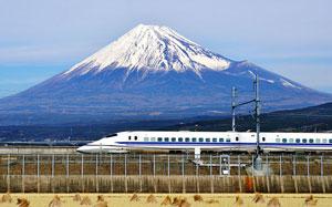 تولد ۵۰ سالگی قطار فشنگی ژاپن