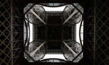 طبقه شیشهای برج ایفل آخرِ هیجان است
