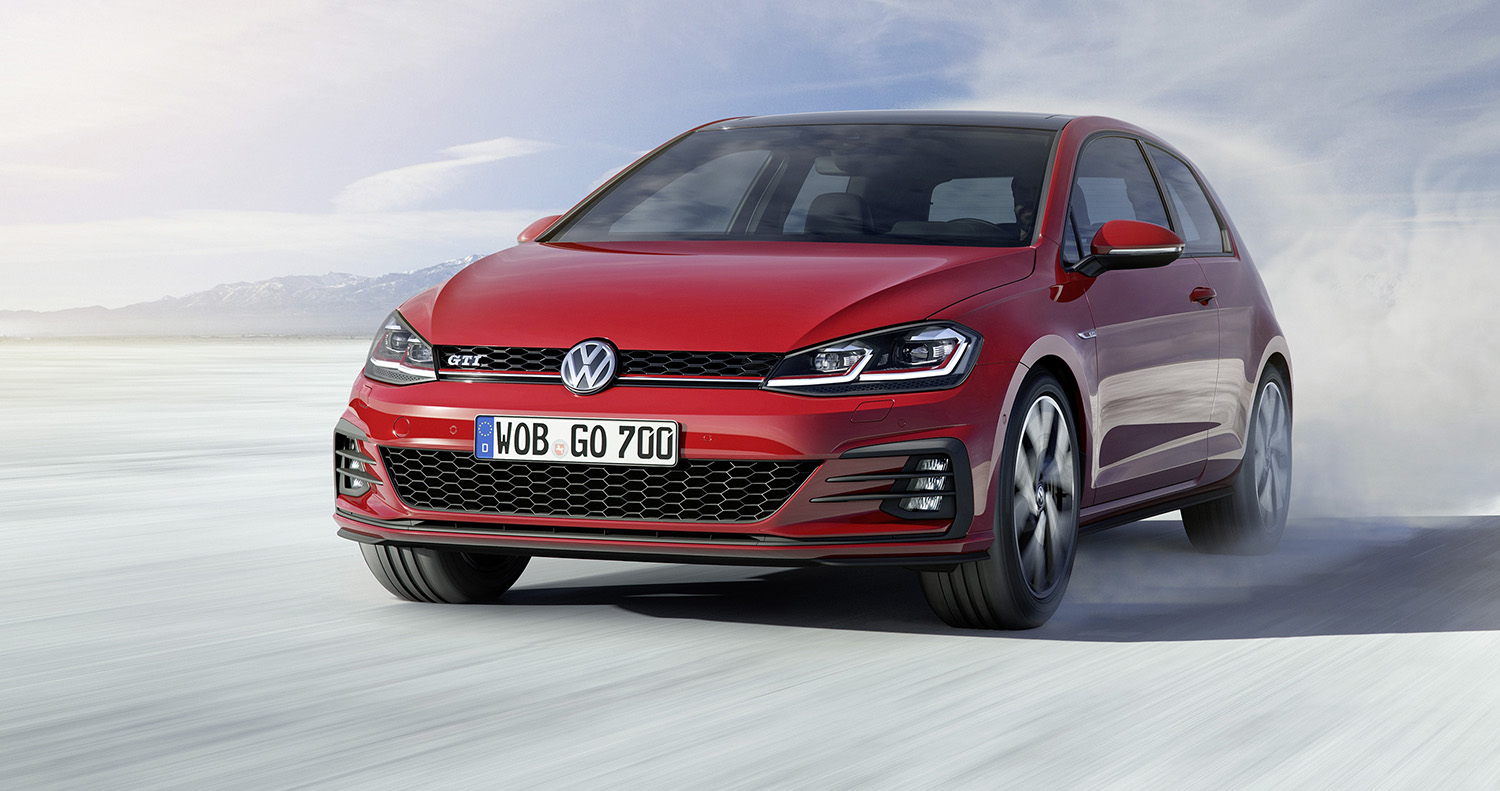 2017_volkswagen_golf_facelift_18