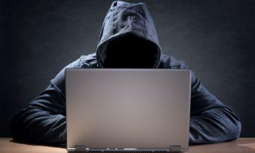 من آنلاینم...لطفاً مزاحم سایبری نشوید!
