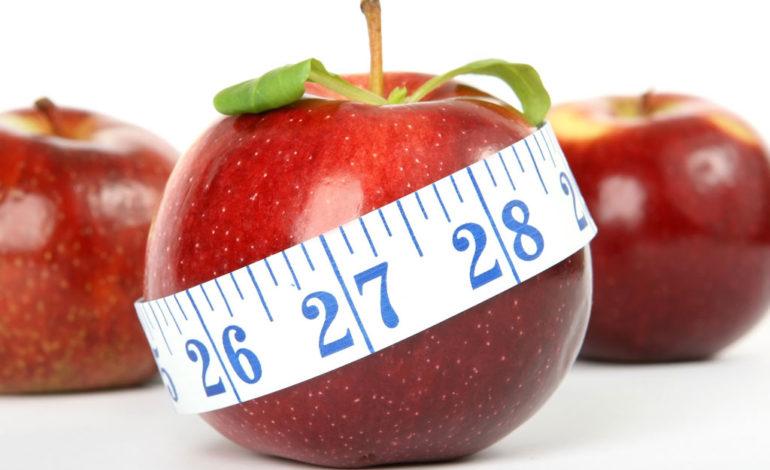 ۱۰ ماده غذایی برتر برای کاهش چربی دور شکم