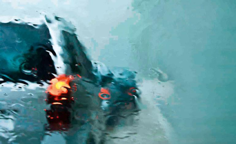 چگونه در باران شدید و سیل، مطمئن رانندگی کنیم؟