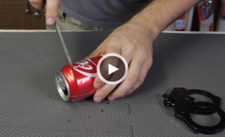 بازکردن دستبند با قوطی نوشابه