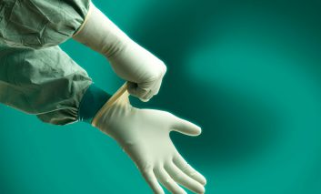 هشدار: دستکشهای پودری خیلی خطرناکند!