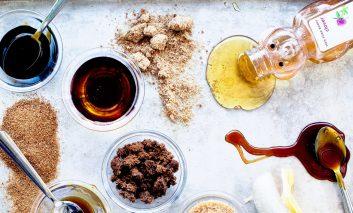 ۸ شیرینکننده طبیعی که میتوانند جایگزین قند و شکر شوند
