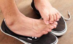 چرا پاهای شما در زمستان بوی بدتری دارد؟