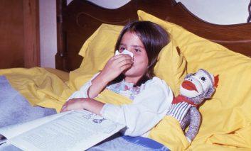 آیا جراحی لوزه در کودکان مؤثر است؟