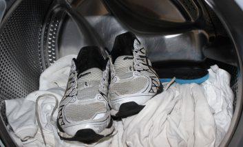 نحوه شستوشوی کفشهای ورزشی در ماشین لباسشویی