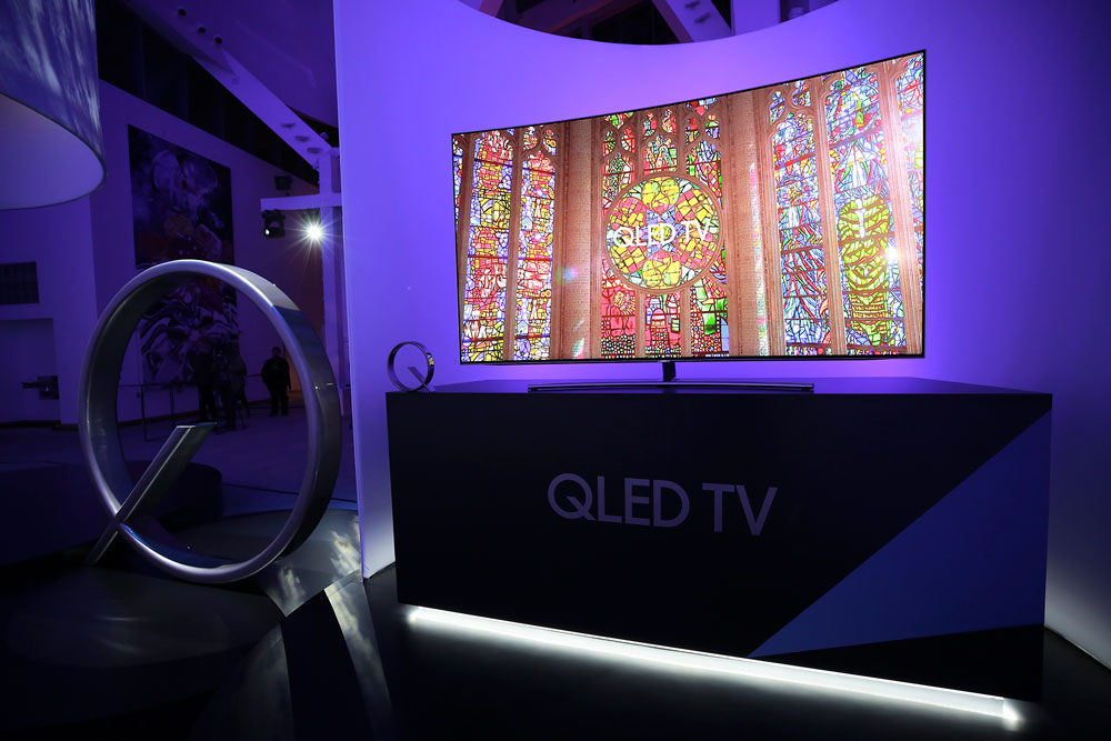 new-qled-tv-photo-2
