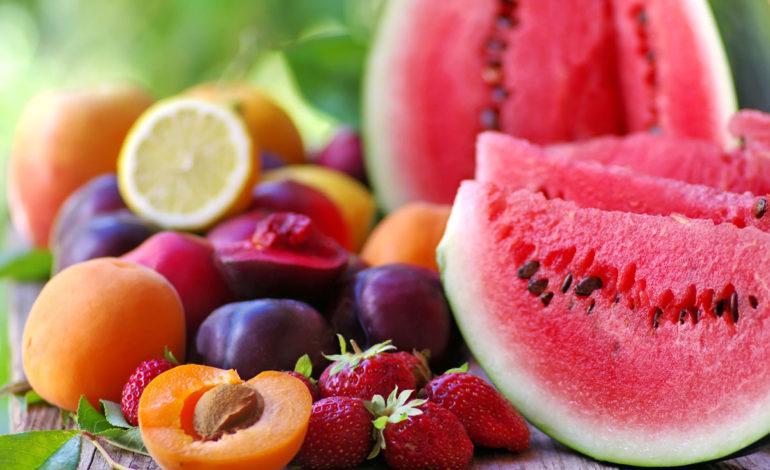 آیا خوردن بیش از حد میوه خطرناک است؟