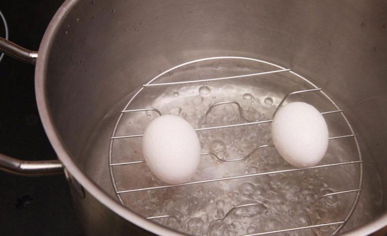 تخم مرغ را نجوشانید؛ بخارپز کنید!