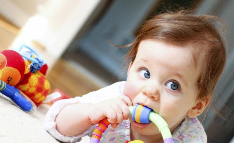 اسباببازیهای کودکان را بدون مواد شیمیایی ضدعفونی کنید