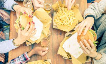 ۱۱ نشانه رژیم غذایی نادرست