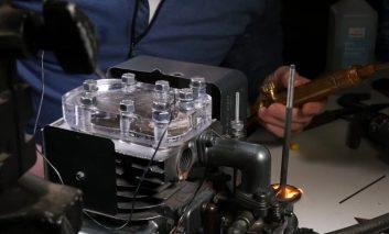 کار کردن موتور در حرکت آهسته