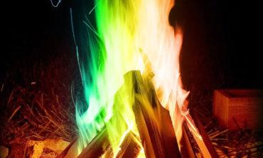 شعلههای آتش جشن چهارشنبهسوری را رنگارنگ کنید