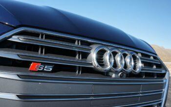 Audi S5 کوپه نهتنها ظاهری سریع دارد، بلکه سریعتر از ظاهرش هم هست