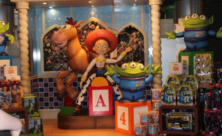 ۷ فروشگاه افسانهای و بزرگ اسباببازی در دنیا