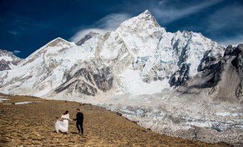 پیوند آسمانی بر فرار بلندترین قله دنیا؛ اورست