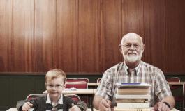 بازگشت بزرگسالان به مدرسه و یادگیری مهارتهای جدید
