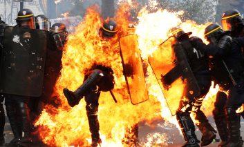 روز جهانی کارگر: راهپیمایی، اغتشاش یا جنگ؟!
