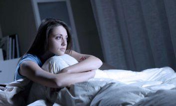 بدون کولر، چطور شبها خنک شوید؟