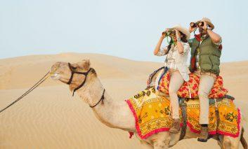 تور صحرایی هند در بیابان تار؛ تجربه داغ ماجراجویی با شترسواری و صحرانوردی