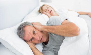 ۱۵ راه حل برای درمان خروپف