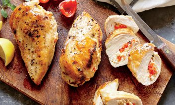 سینههای پرشده با پنیر فتا