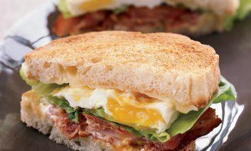 ساندویچ صبحانه