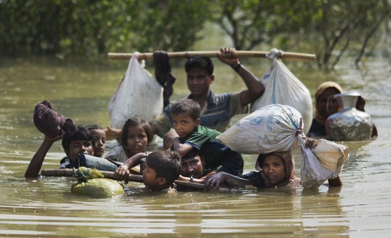 آوارگی مسلمانان میانمار برای فرار از شر دولت اشقیا