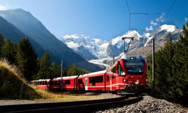 فوتوفن آمادگی برای سفرهای طولانی با قطار