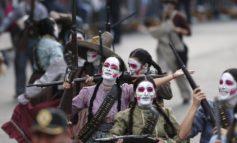 راهپیمایی روز مردگان در مکزیک