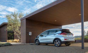 جنرال موتورز قول بیست خودرو تمام برقی را تا سال ۲۰۲۳ میدهد!