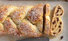 نان شیرین و لذیذ