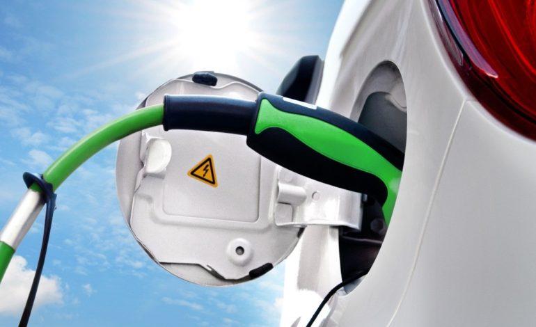 قصد پنج کشور برای ممنوعیت فروش خودروهای غیر برقی