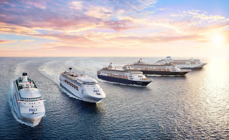 فوتوفن سفر با کشتیهای تفریحی کروز